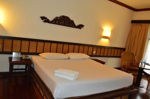 Laguna-Redang-Resort-Room-03