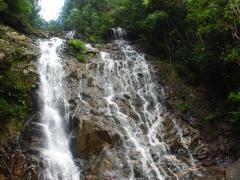 Endau-Rompin-Waterfall-07