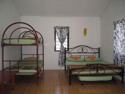 Agoh_Chalet_Dormitory_with_Aircond_Bathroom