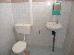 TRVMotel_Toilet